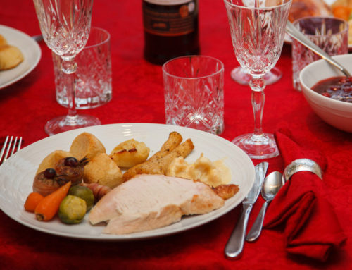 Top 5 Reasons Why You Should Cater This Holiday Season